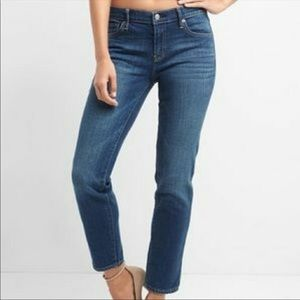 Gap real straight fit jeans size 12/31